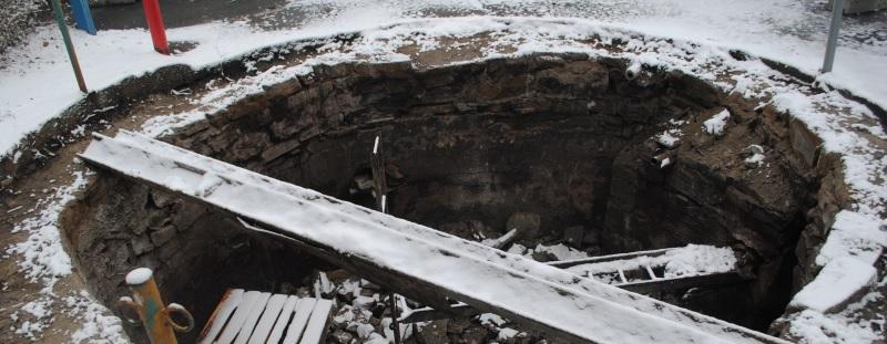Nadzór archeologiczny w ramach rewitalizacji płyty rynku w Tyczynie - budowa studni